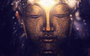 Buddha-face-HD-image-closeup-light-BG-wallpaper.jpg